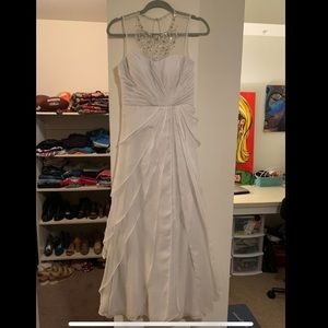 Adrianna papell white gown